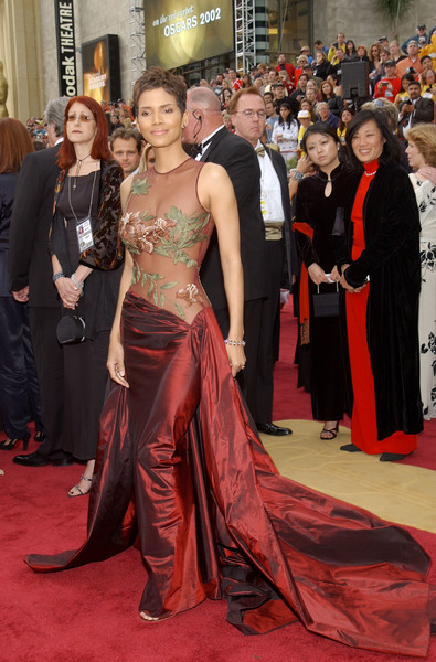 Halle Berry at the 2002 Oscars
