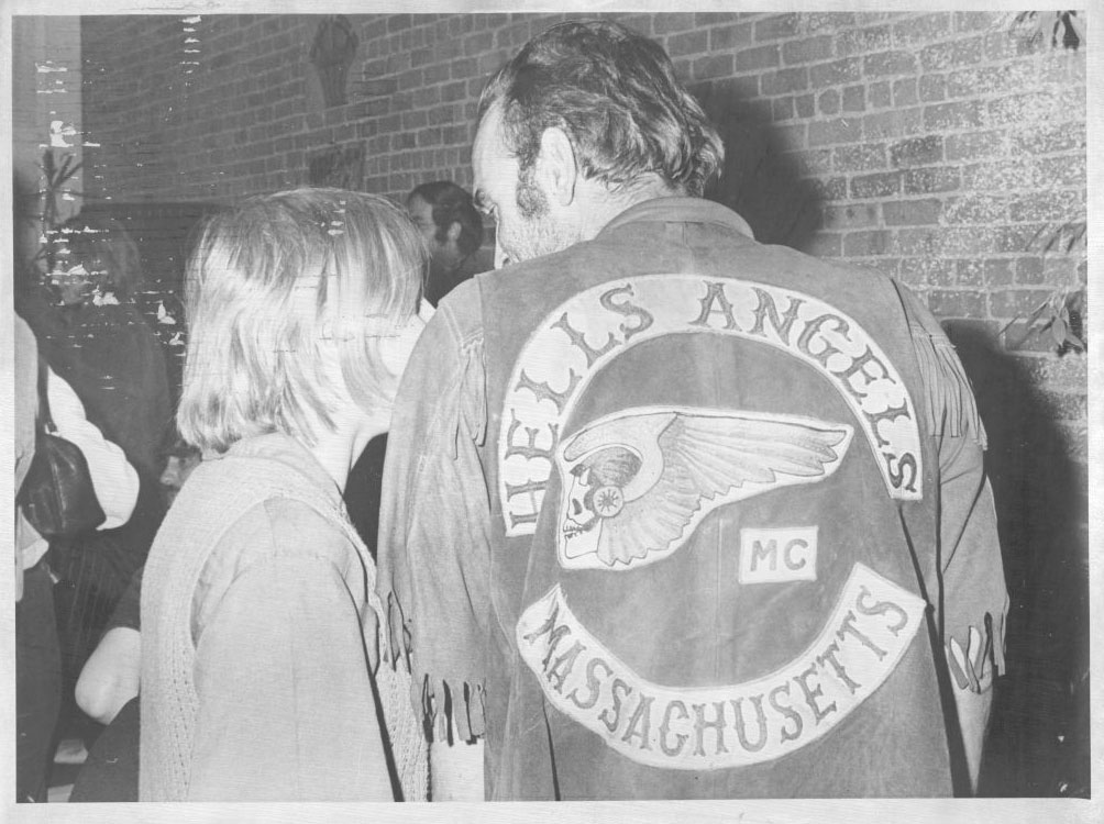 hells-angels-thrushparty.jpg